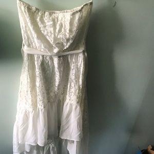 NWOT LuLu's Strapless Lace Dress